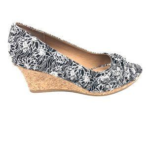 Dexflex Confort Women's Wedges Shoes.Like New